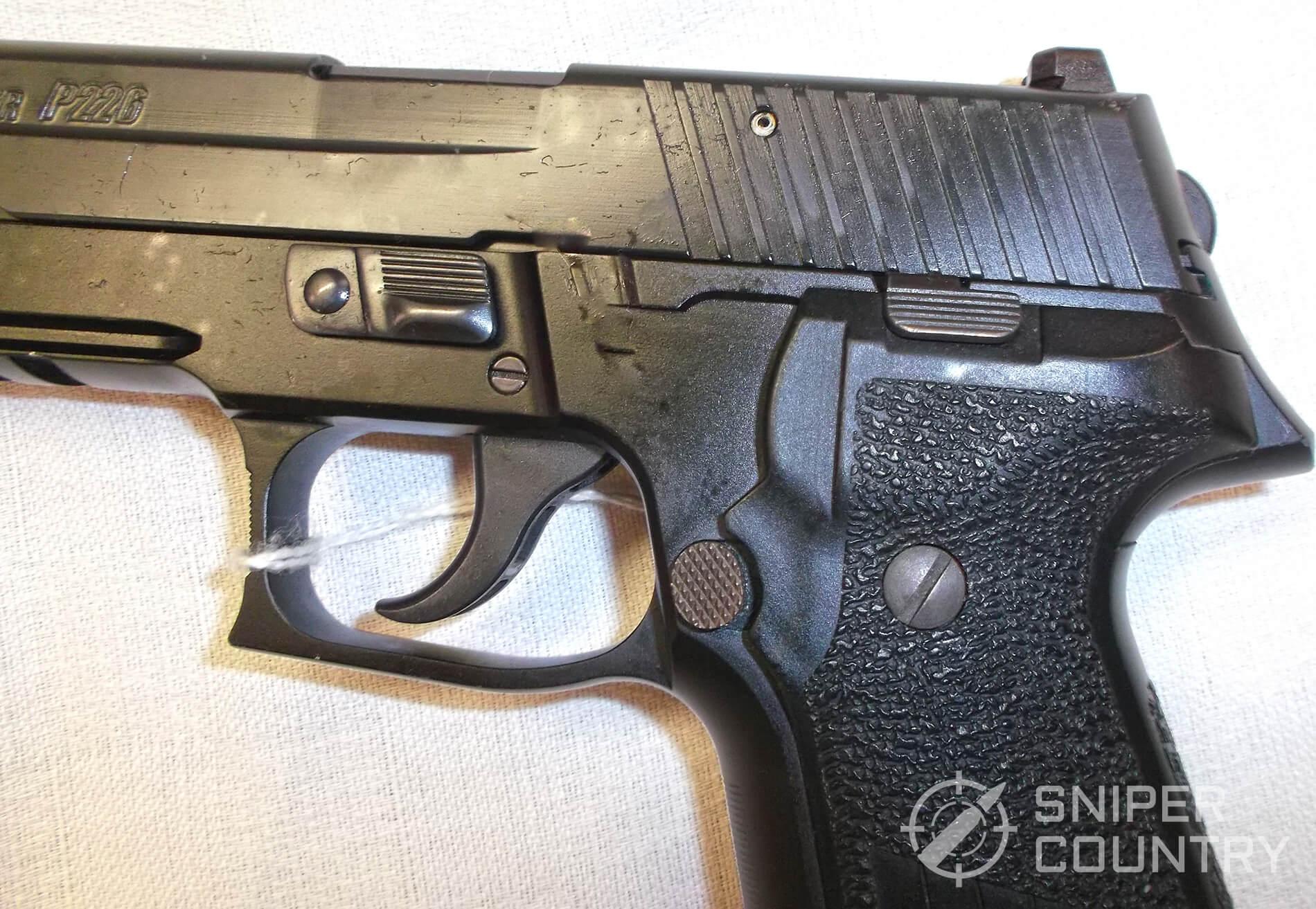 Sig P226 Controls