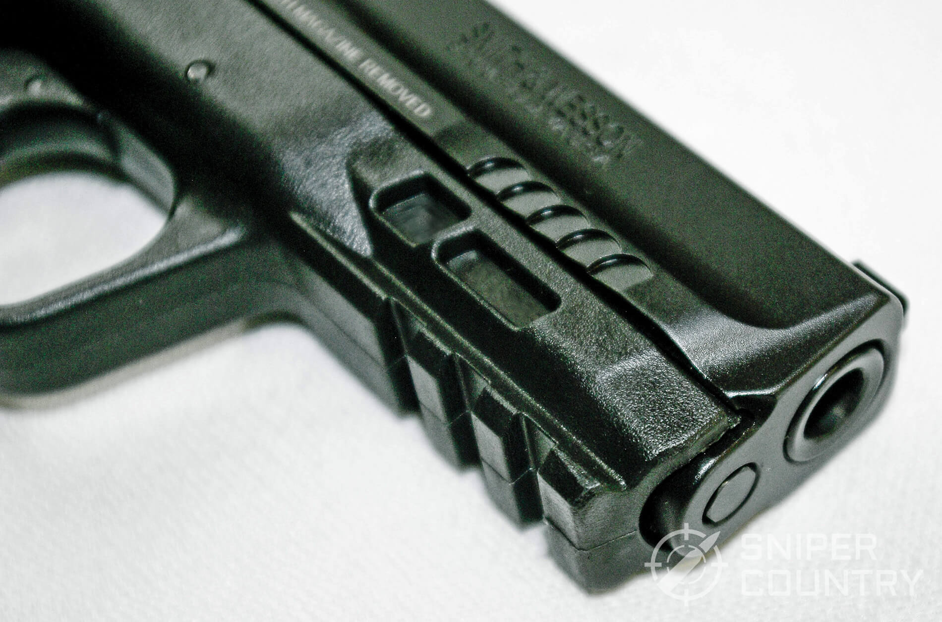 Smith & Wesson M&P 9C 2.0 Muzzle
