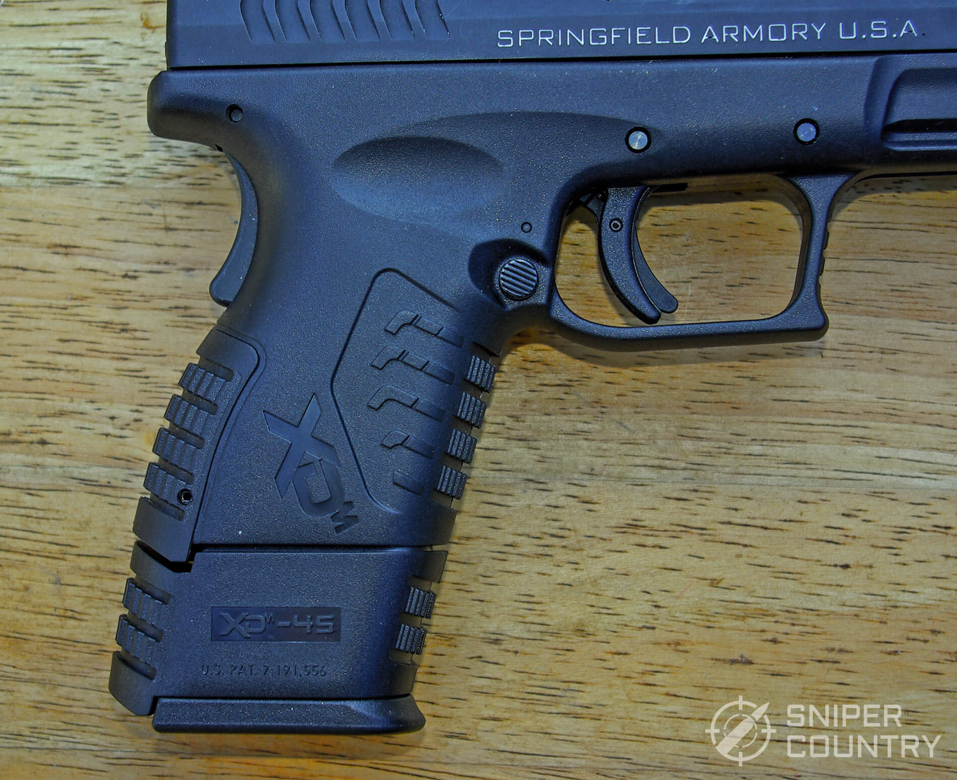 Springfield XDM 3.8 Compact Grip with Extended Magazine