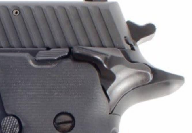 SIG Sauer P226 SAO
