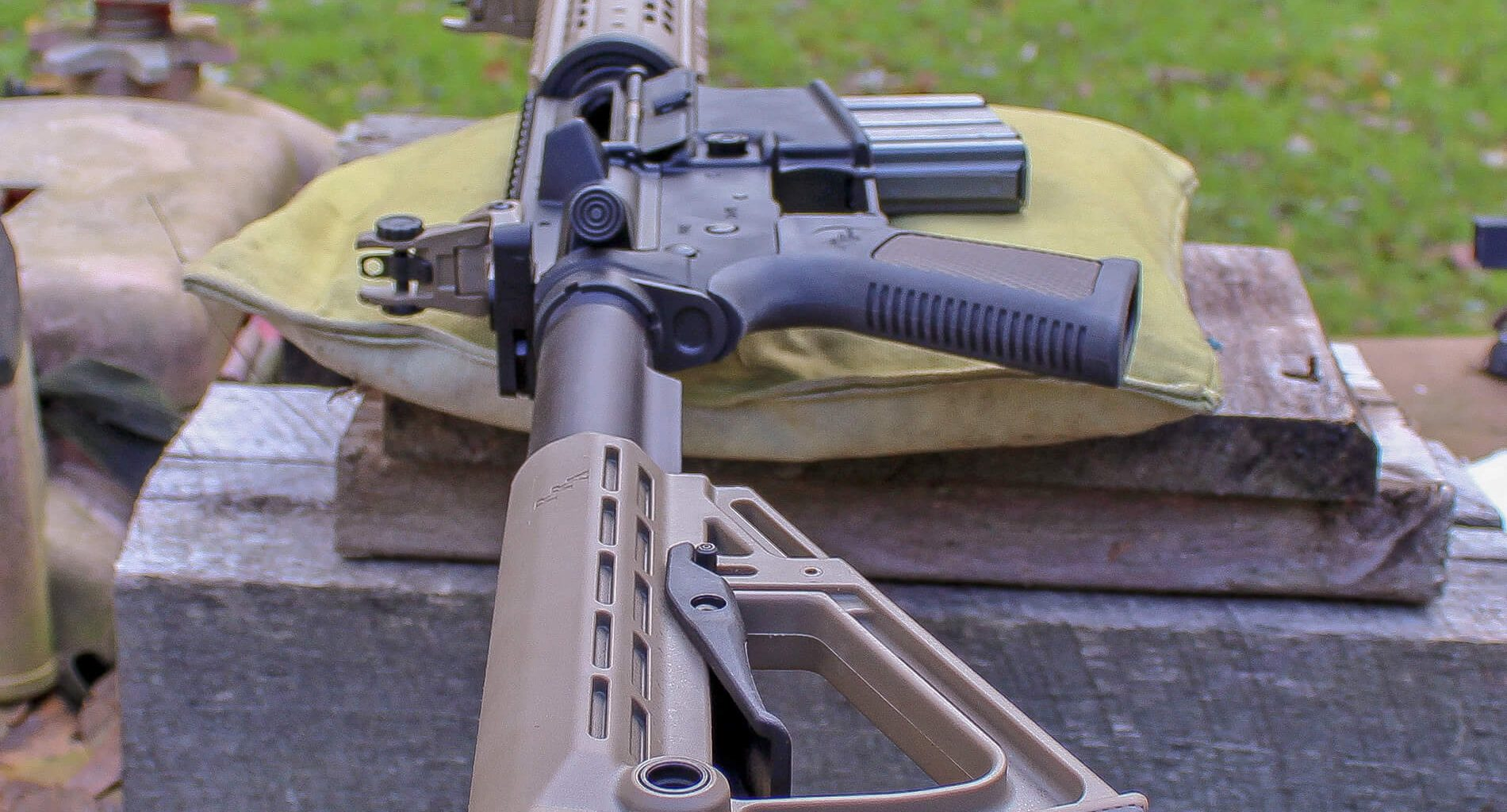 Rock River Arms LAR-15 on bench