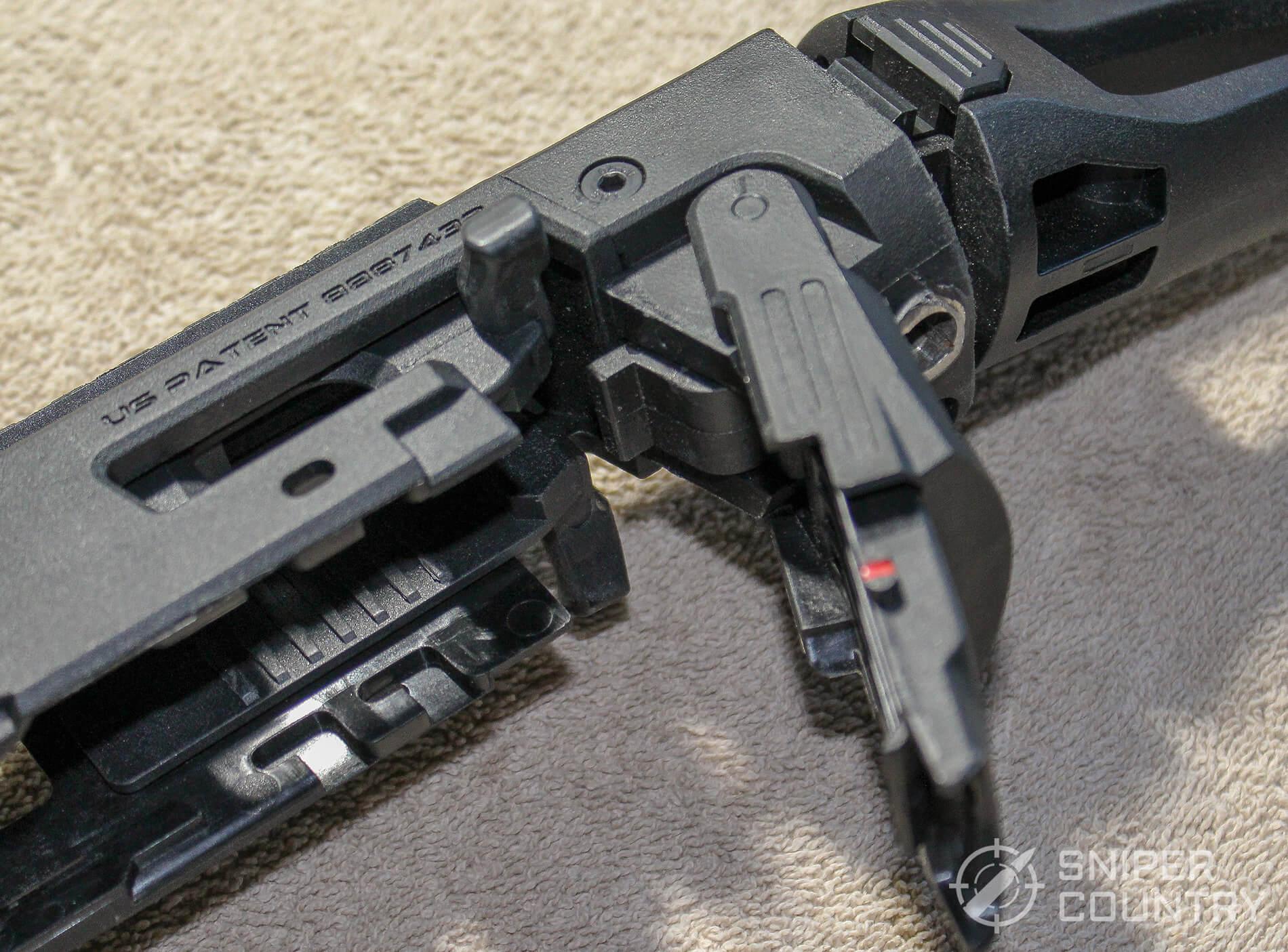 CAA Micro-RONI latch