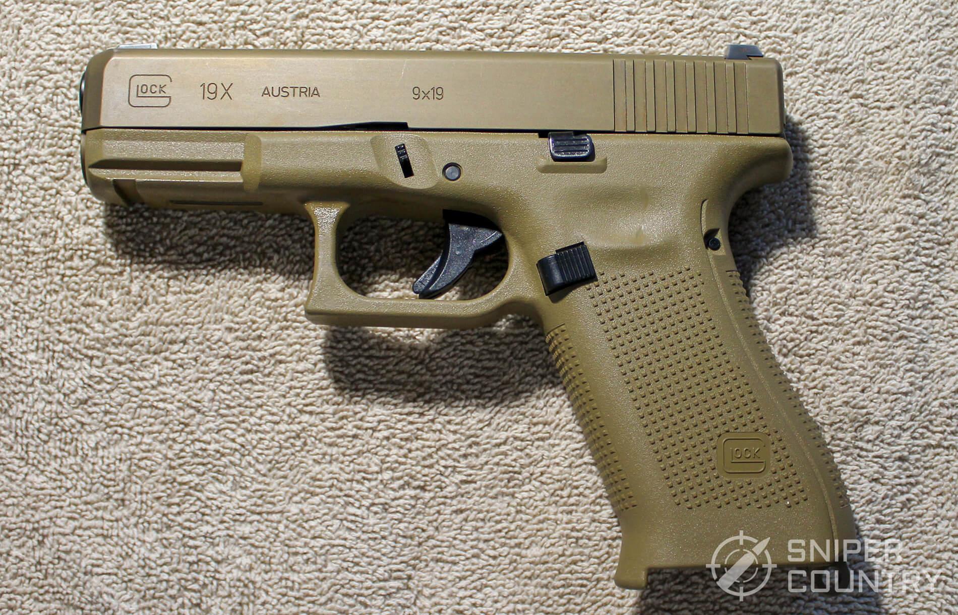 Glock G19X left side