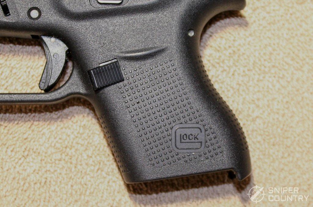 Glock 43 grip mag release