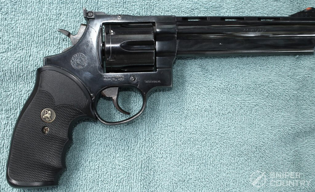 Taurus 44 right